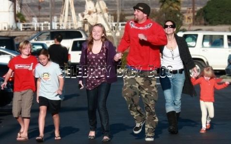 Is Jesse James fighting for custody of his daughter? | Ava ...